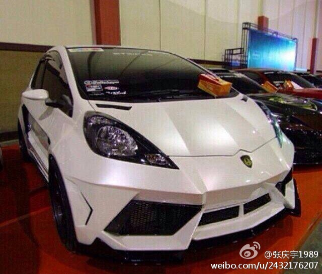 Overkill: Lamborghini Hides Within a Honda Hatchback ...