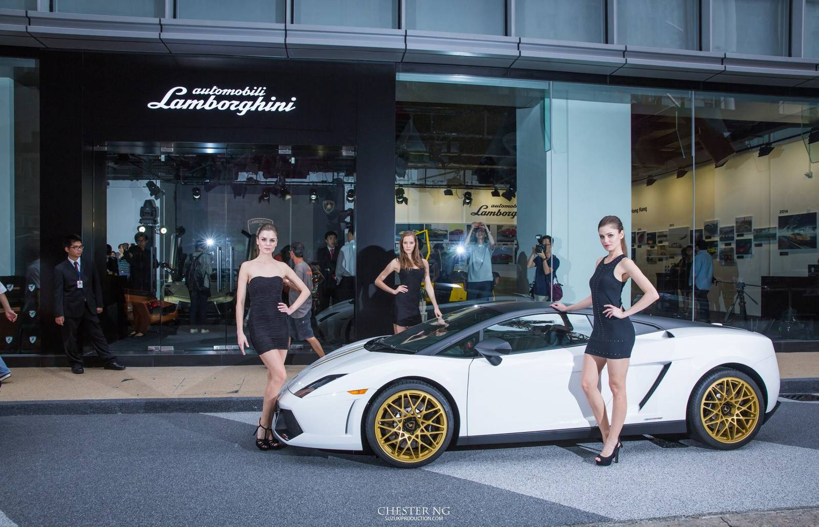 lamborghini hong kong opens first pop up museum in asia pacific gtspirit. Black Bedroom Furniture Sets. Home Design Ideas