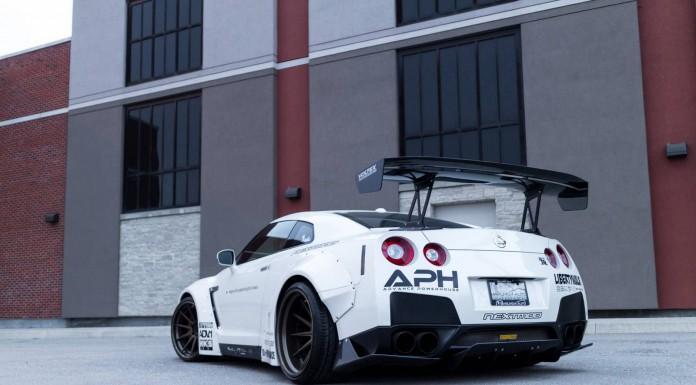 White Liberty Walk Nissan GT-R Photoshoot