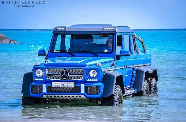 Blue mercedes benz g 63 amg 6x6 in the red sea gtspirit for Mercedes benz amg 6x6 price