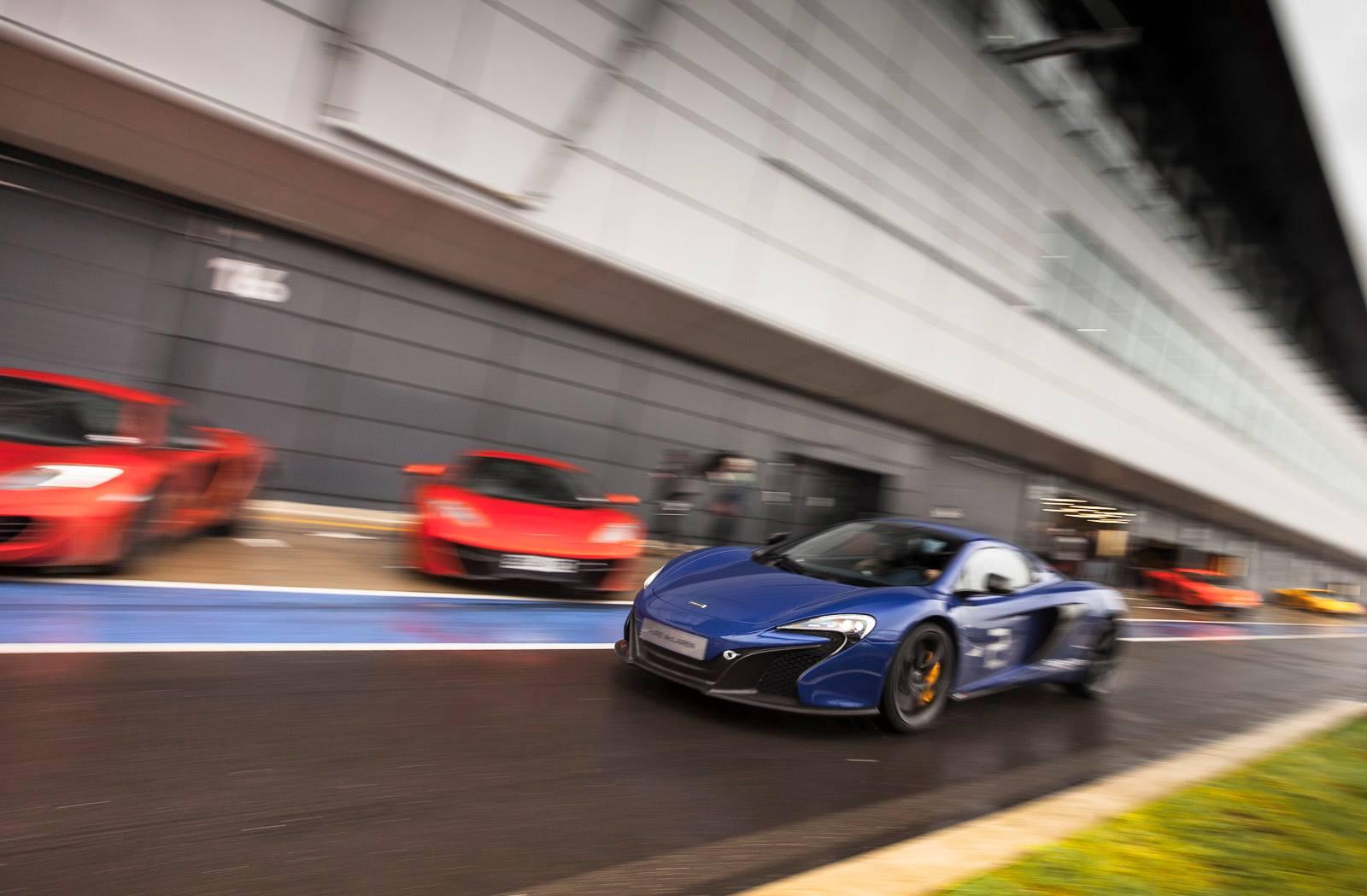 Pure Mclaren Driving Experience At Silverstone Circuit Gtspirit