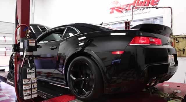Video: Blacked Out Chevrolet Camaro Z/28 Screams on the Dyno!