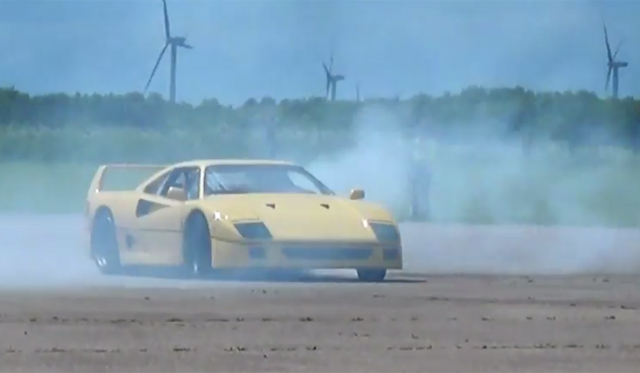 Video: Yellow Ferrari F40 Does Donuts!