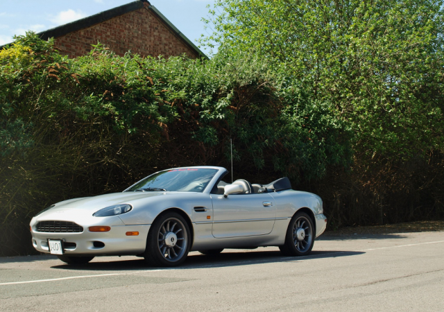 Special Aston Martin DB7 Volante Once Owned by Jennifer Lopez Heading to Auction