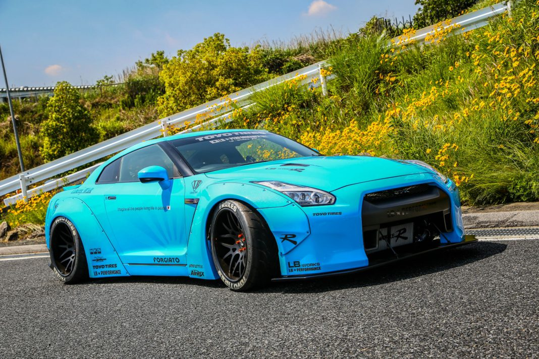 Bright Blue Liberty Walk Nissan GT-R Posing