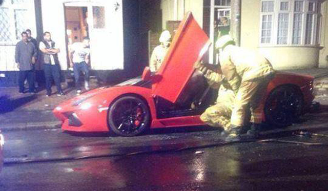 Rosso Mars Lamborghini Aventador Roadster Petrol Bombed in London