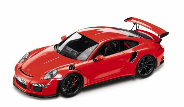 Accurate Scale Model of Porsche 991 GT3 RS Leaks