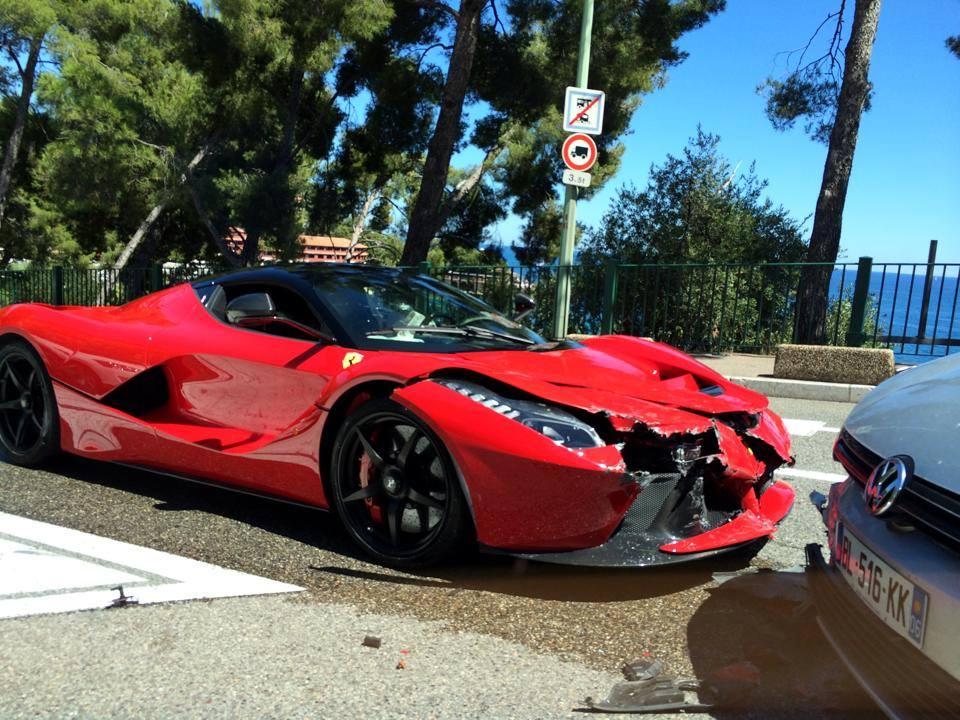 World First LaFerrari Crash in Monaco