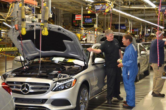 U.S. Production of 2015 Mercedes-Benz C-Cass Begins