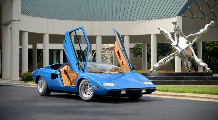 1975 Lamborghini Countach LP400 Periscopica Sells for $1.2 Million