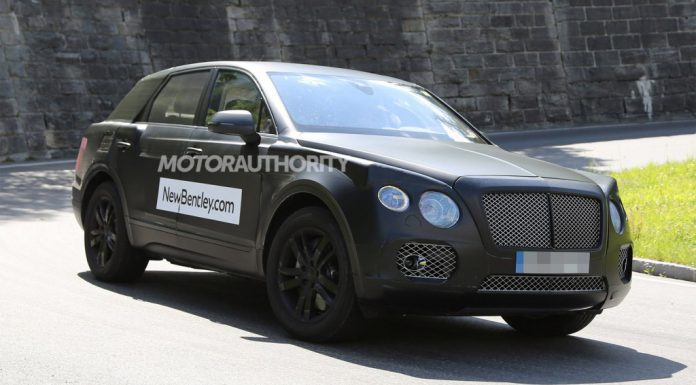Bentley SUV Spied in its Own Skin