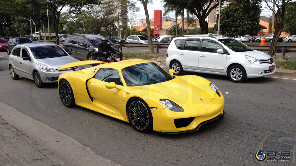 bright yellow porsche 918 spyder arrives in brazil gtspirit. Black Bedroom Furniture Sets. Home Design Ideas