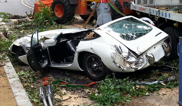 Million-Dollar Toyota 2000GT Wrecked in Japan