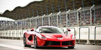 Ferrari LaFerrari Owners Spending Up to $1.6 Million Premiums