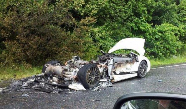 White Lamborghini Gallardo Superleggera