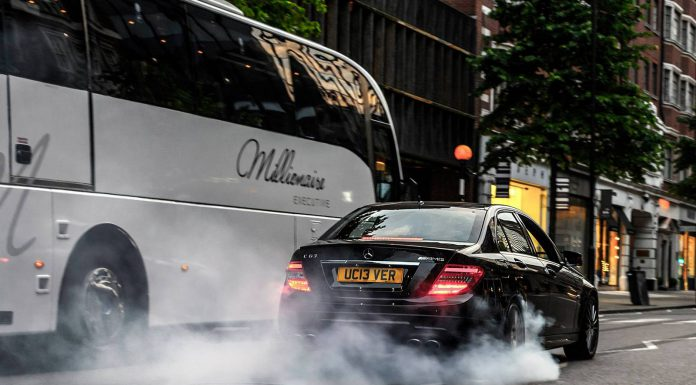 Video: Mercedes-Benz C63 AMG Does Burnouts on Sloane Street London