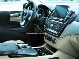 Upcoming Mercedes-Benz ML Coupe Interior Spied