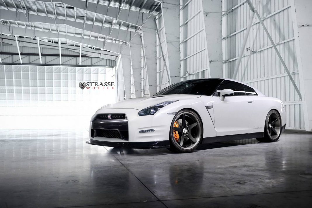 1000hp Alpha 9 Nissan GT-R