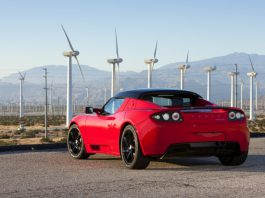 Updated Tesla Roadster Coming This Year