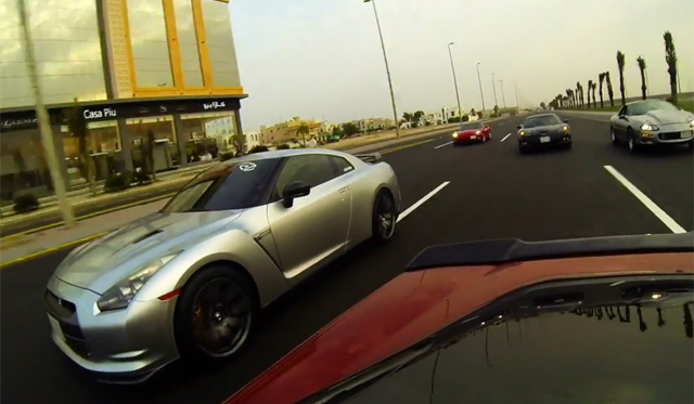 Video: Twin-Turbo Corvette vs 800hp Nissan GT-R