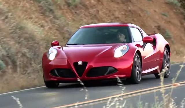 Video: Alfa Romeo 4C Makes U.S. Debut