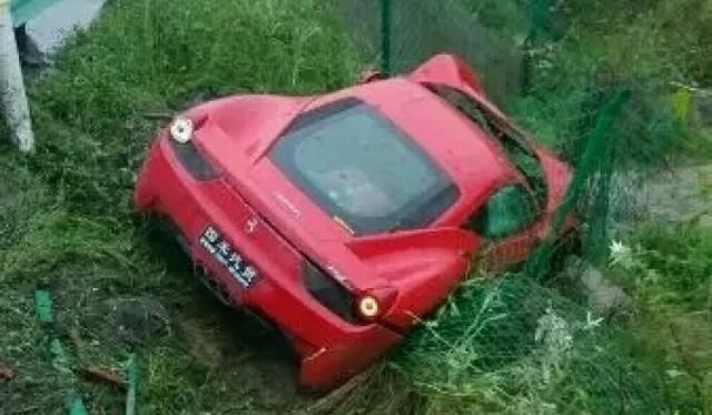 Ferrari 458 Italia Flies Off Chinese Highway
