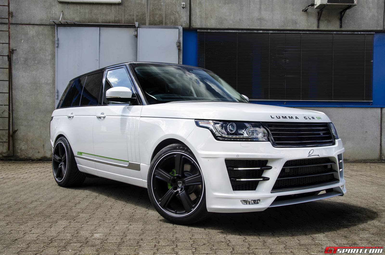 official lumma design range rover vogue clr sr gtspirit. Black Bedroom Furniture Sets. Home Design Ideas