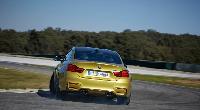 2014 BMW M4 Laps Nurburgring in 7 Minutes 52 Seconds