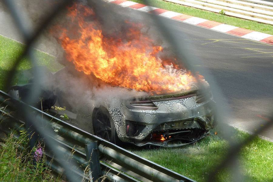 2015 Honda NSX Catches Fire at the Nurburgring