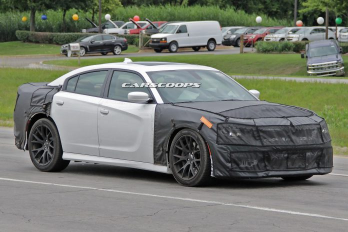 Dodge Charger SRT Hellcat Spied Testing