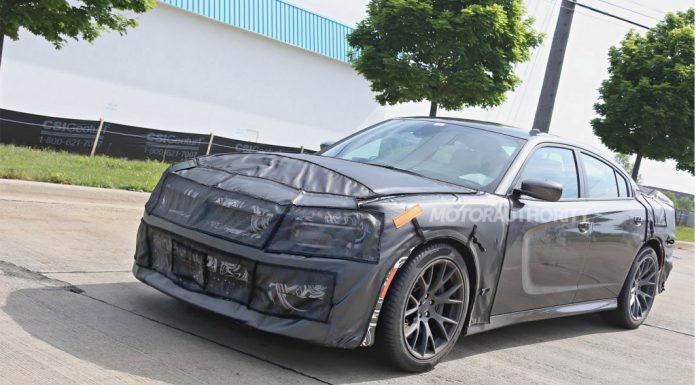 2015 Dodge Charger SRT Spied Testing
