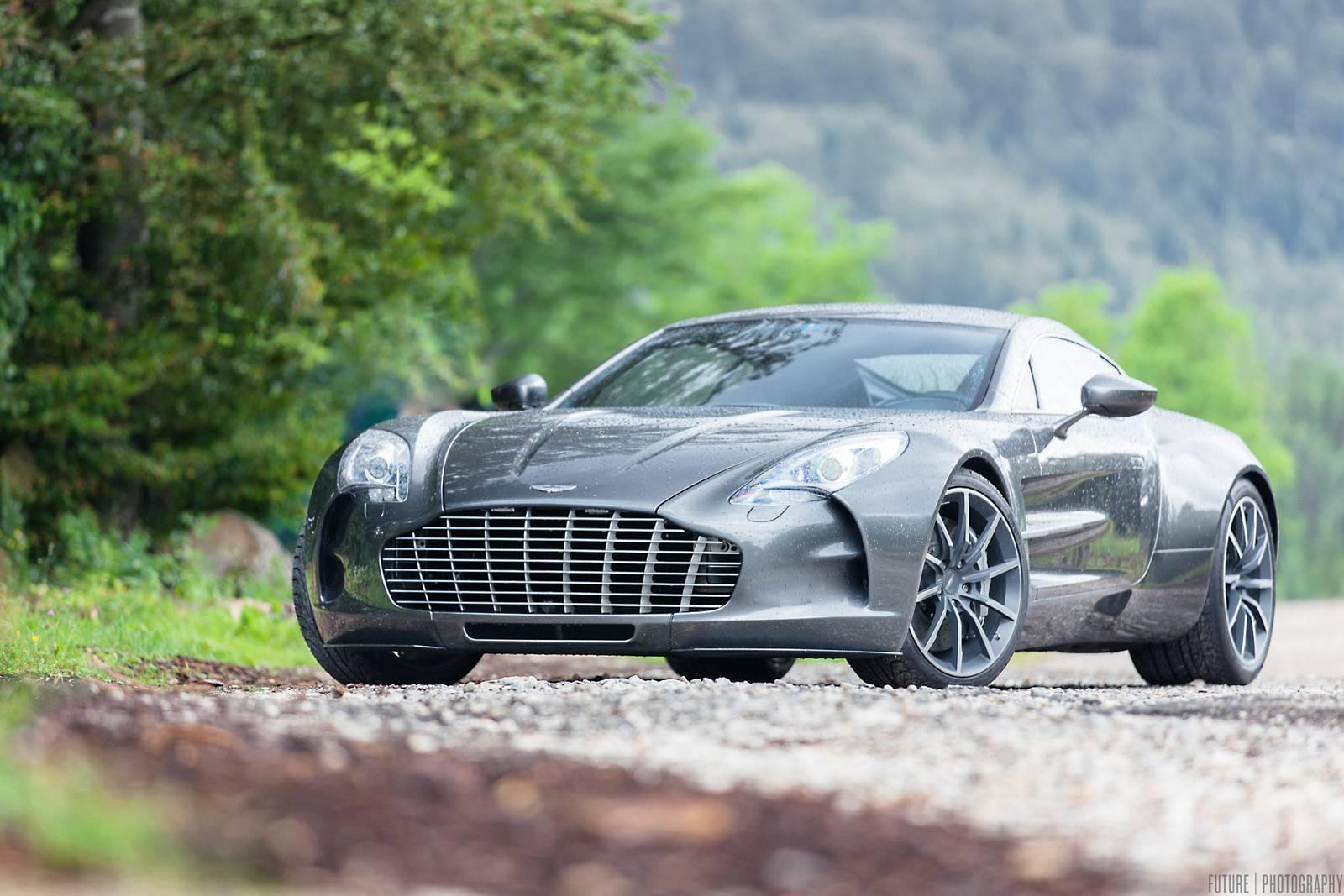 Stunning Aston Martin One 77 Photoshoot Gtspirit