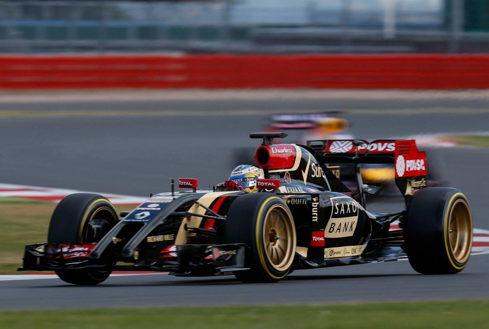 Formula One Cars Could Adopt 18-Inch Wheels by 2016