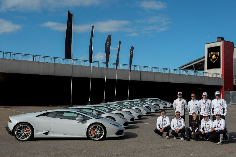 Performance Driving School >> Lamborghini Introduces Performance Driving School For North America