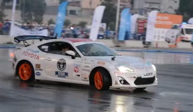 Video: Toyota GT86 Sets New Drifting World Record