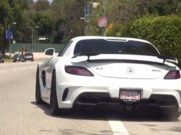 Video: Renntech Mercedes-Benz SLS AMG Snarls!