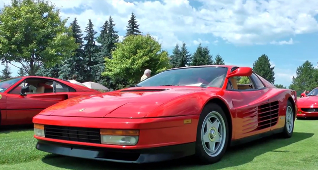 Video: Epic Sounding Ferrari Testarossa!