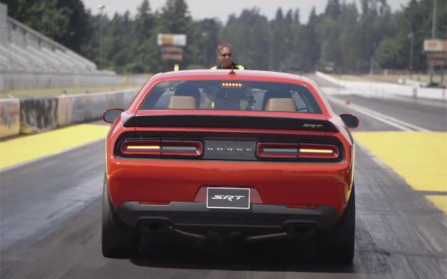 Video: 2015 Dodge Challenger SRT Hellcat Completes Quarter Mile in 11.2 Seconds!