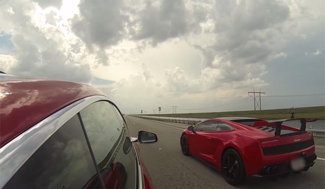 Video: Tesla Model S vs Lamborghini Gallardo LP570-4!