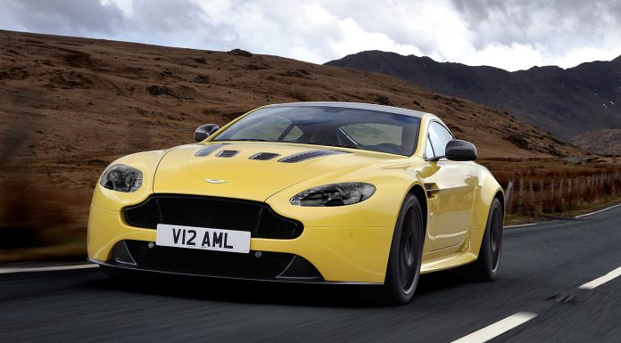Video: Jaguar F-Type R Coupe and Aston Martin V12 Vantage S Sprint to 250km/h!