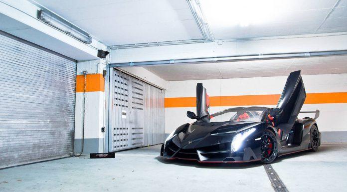 Photo Shoot with the Lamborghini Veneno Roadster