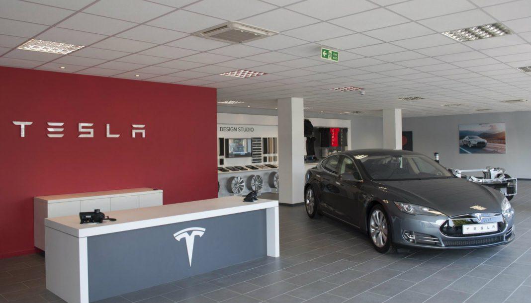 Tesla Opens Second Dealership in U.K