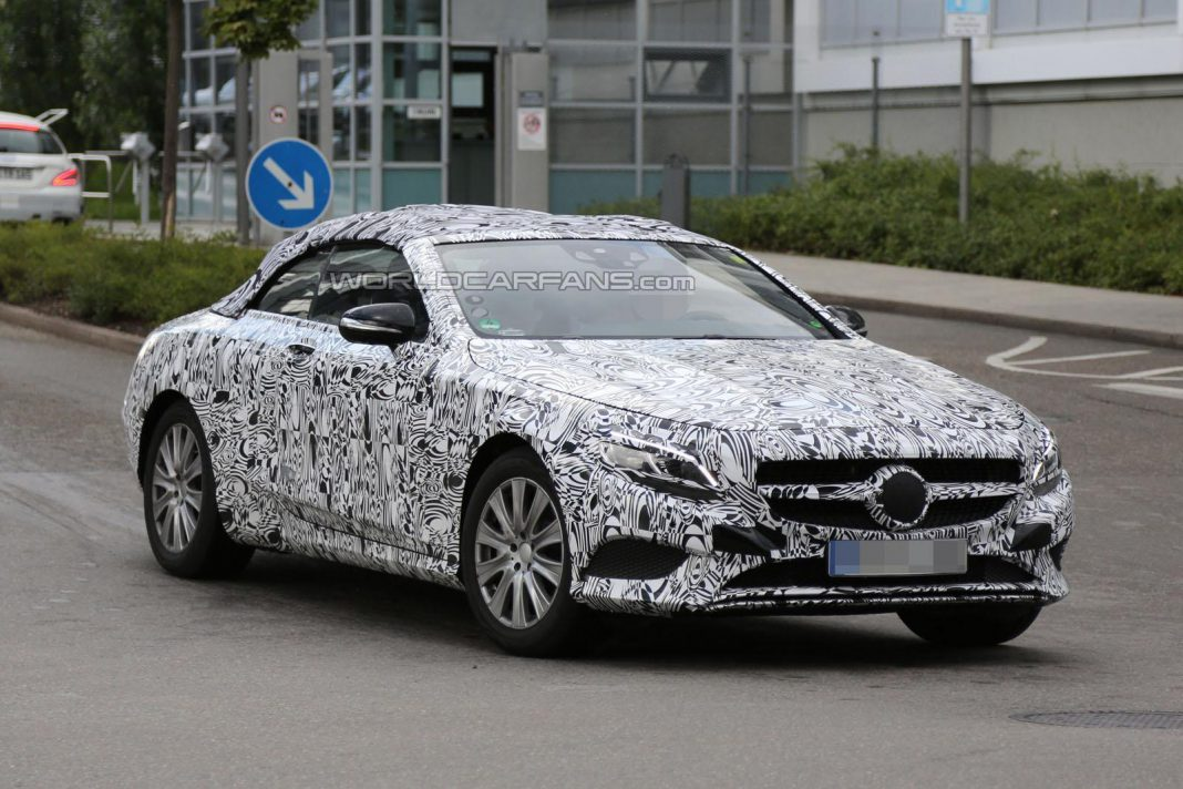 Mercedes-Benz S-Class Cabriolet Spied Up Close