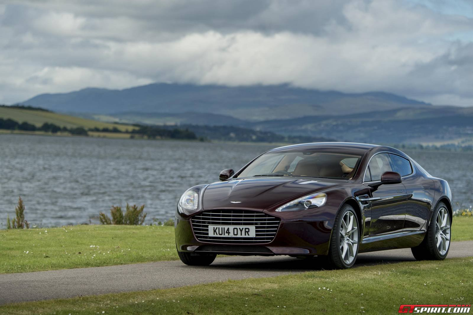 select aston martin db9 and rapide s models recalled gtspirit. Black Bedroom Furniture Sets. Home Design Ideas