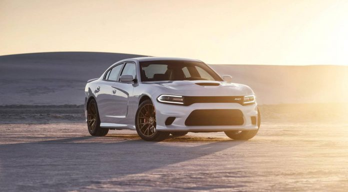 Video: 2015 Dodge Charger SRT Hellcat Commercial
