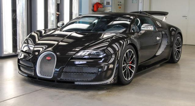 Stunning Gloss Carbon Fibre 2015 Bugatti Veyron Vitesse For Sale