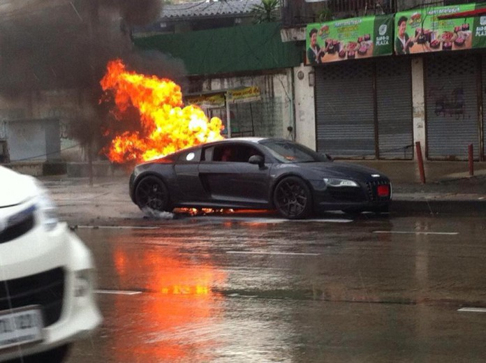 Audi R8 V10 Burns to the Ground in Thailand