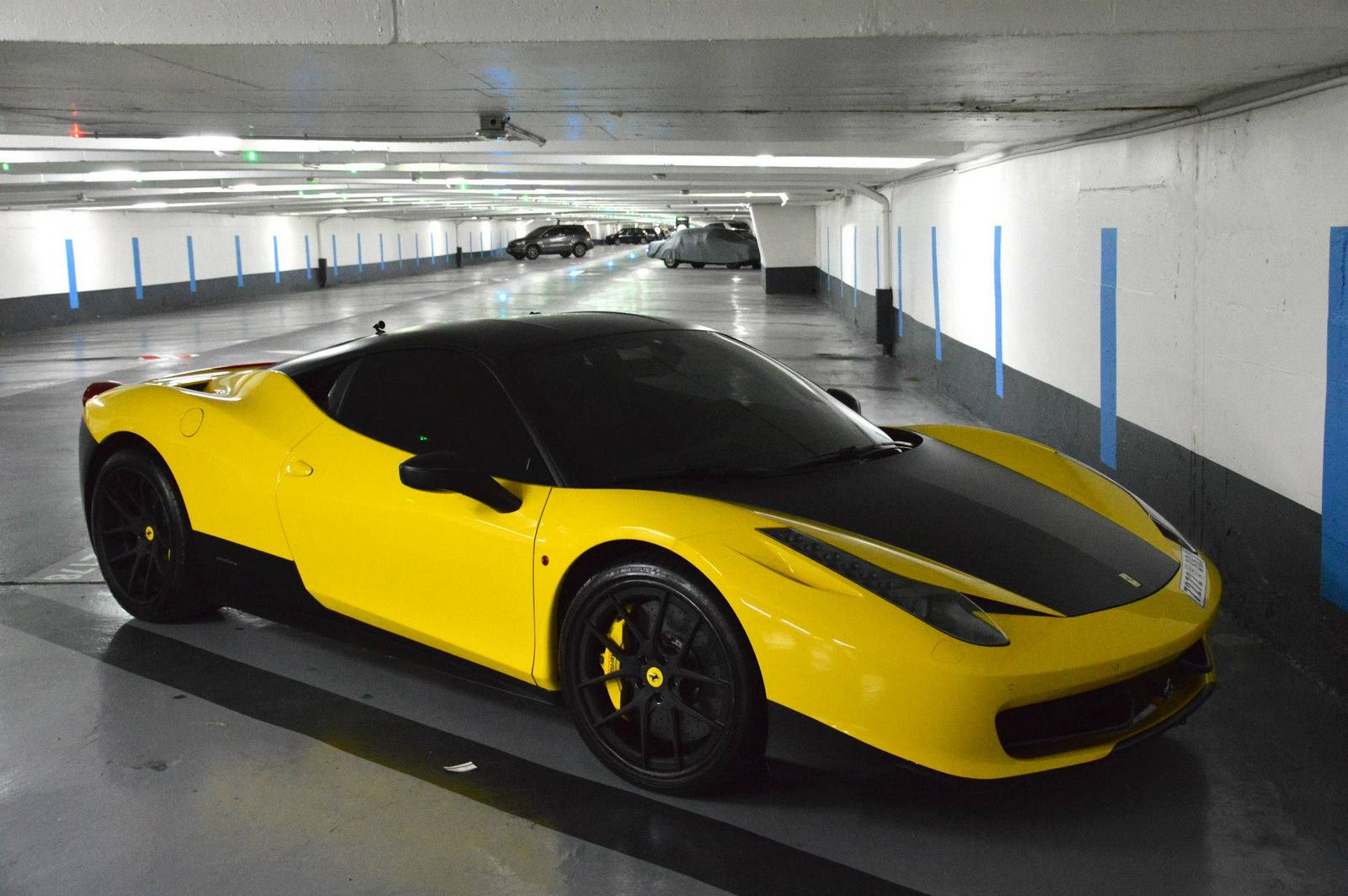 Matte Blue And Yellow Ferrari 458 Italia Duo In Paris Gtspirit