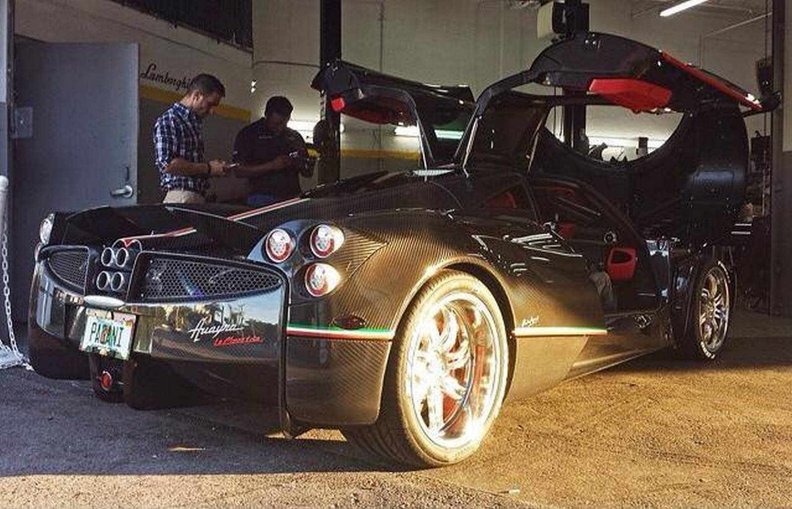 kris singh's pagani huayra la monza lisa delivered - gtspirit