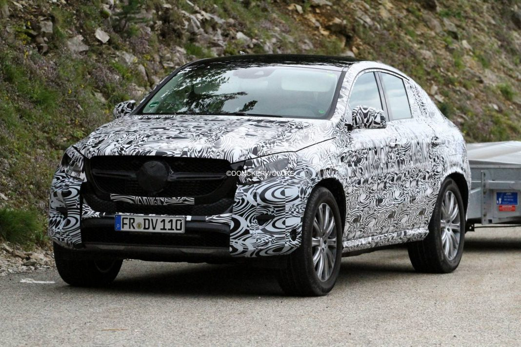 Upcoming Mercedes-Benz GLE Spied Testing